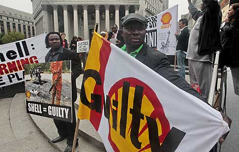 Shell, partícipe en el asesinato de activistas nigerianos